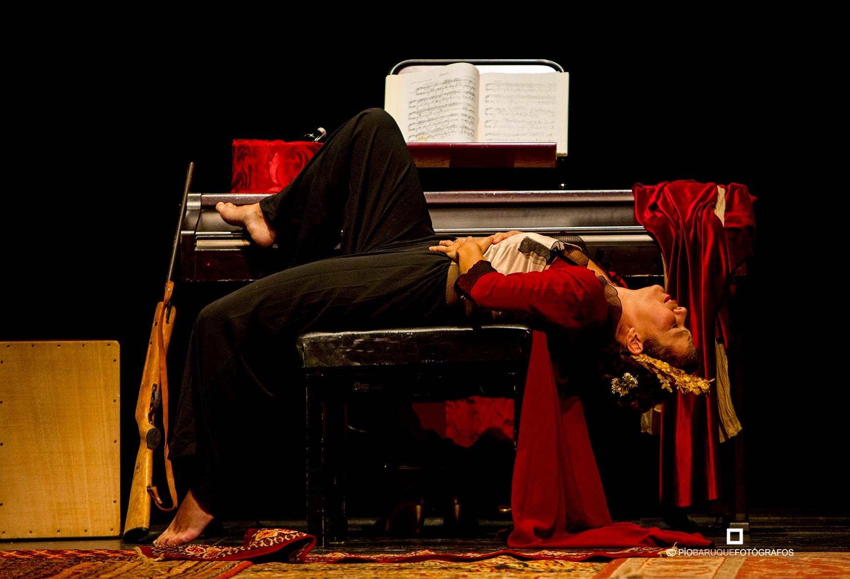Susana Sanabria interpretando a Diana, en el Festival de Olmedo. El Perro del Hortelano.